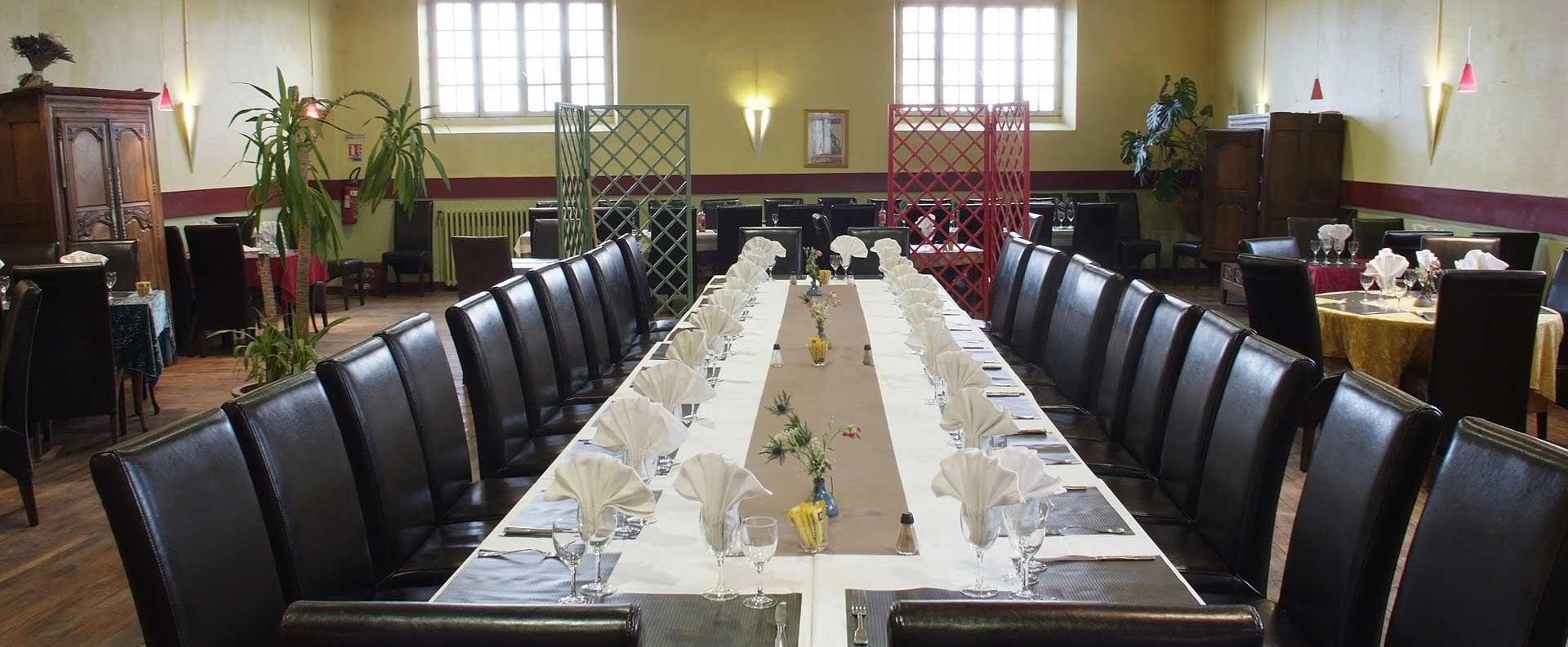 Grande table pour groupe